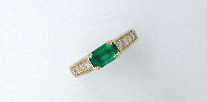 The emerald ring after the redsign by Raimie Weber Jewelry