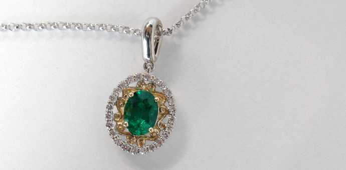 emerald necklace gift to celbrate 50th wedding anniversary