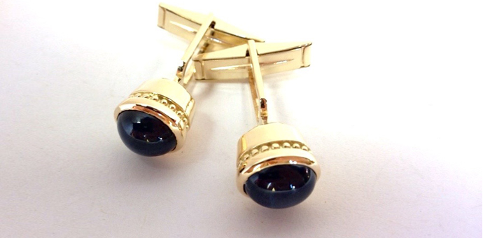 Blue star saphhire cufflinks blue star sapphire cuff links in 18k gold sciox Image collections