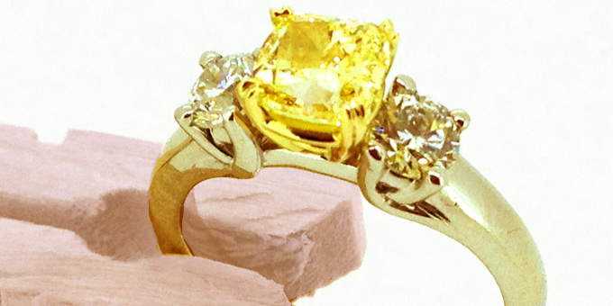 Yellow and clear diamond, in gold and platinum setting