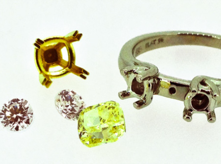 Engagmenet ring parts - Yellow diamond, 2 clear diamonds and parts