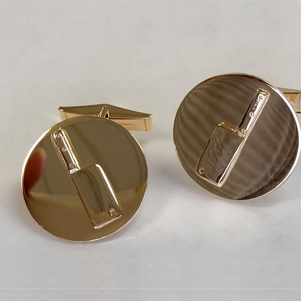 meat cleaver disk cufflinks (gold plated)