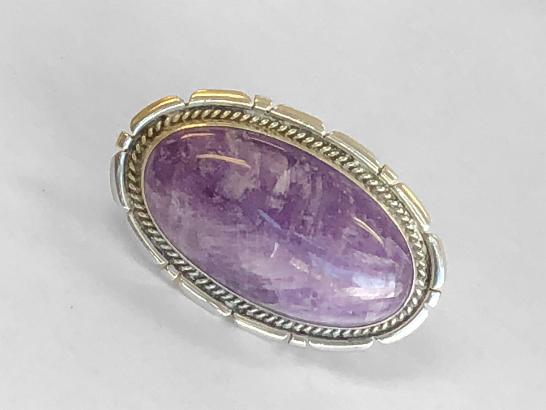 Overized statement ring with cabochon-cut amethyst (finished)