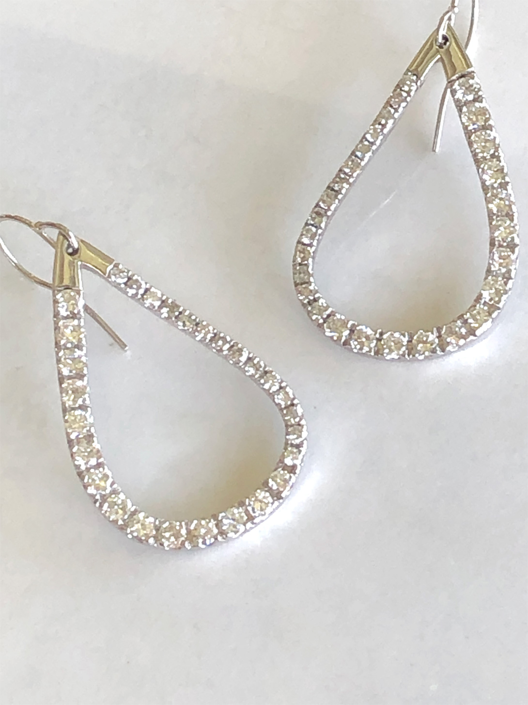 Pear-shaped loop diamond dangle earrings
