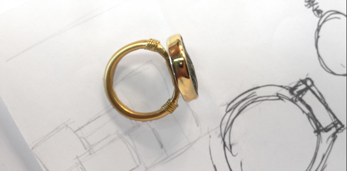 side view and sketch of recreated coin ring gold