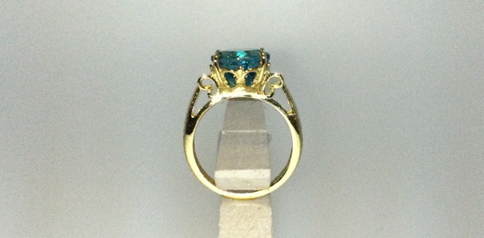 final - pariba colored apatite ring in 18k yellow gold