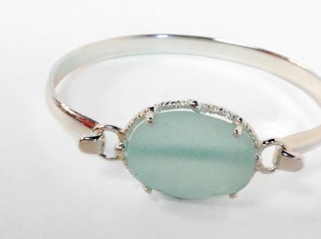 Sea glass bracelet - new design