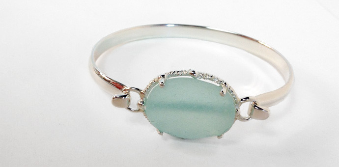 Sea glass bracelet - new design