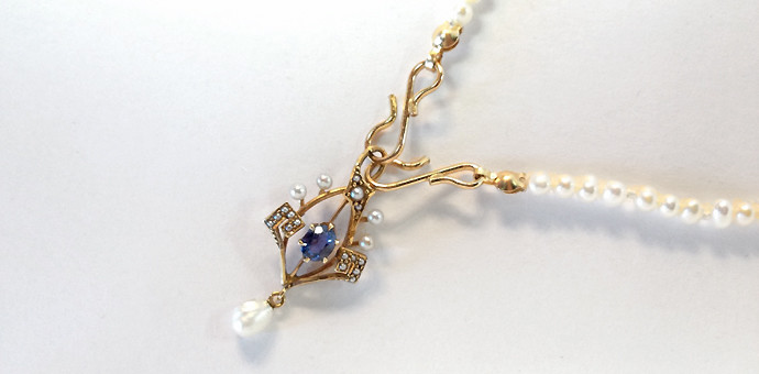 new custom designed sweetheart pearl necklace with vintage genuine saphhire pendant